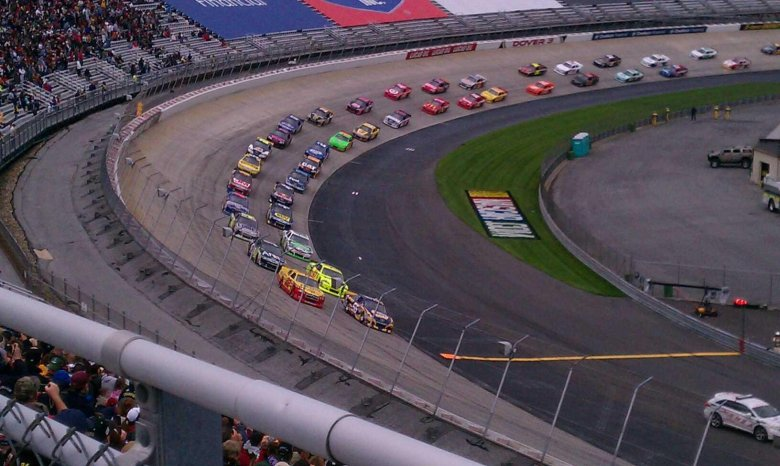 Dover International Speedway section 125 row 31 seat 9
