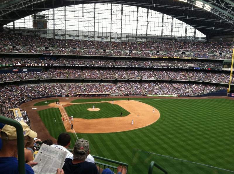 Brewers Wallpaper Iphone Miller Park Level 4 Terrace Level Home Of Milwaukee Brewers