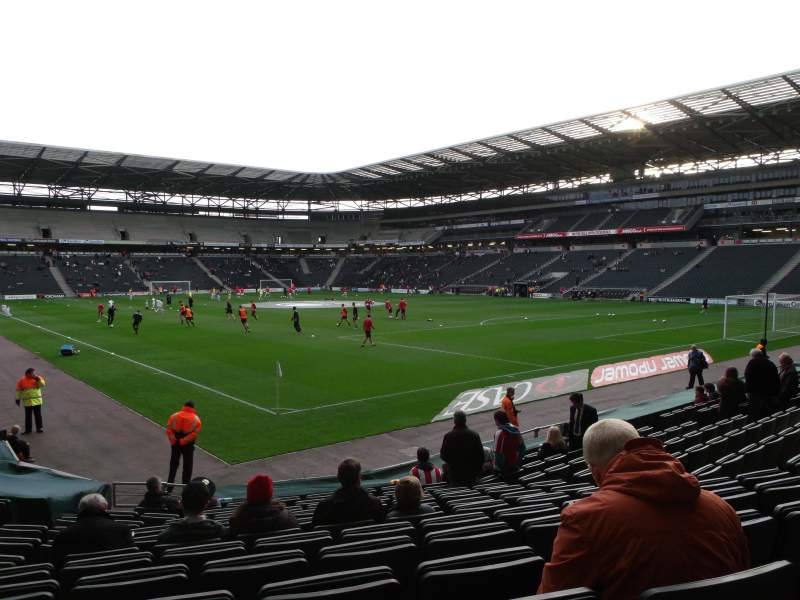 Sheffield United Iphone Wallpaper Stadium Mk Section 35 Row P Seat 1003 Mk Dons Vs