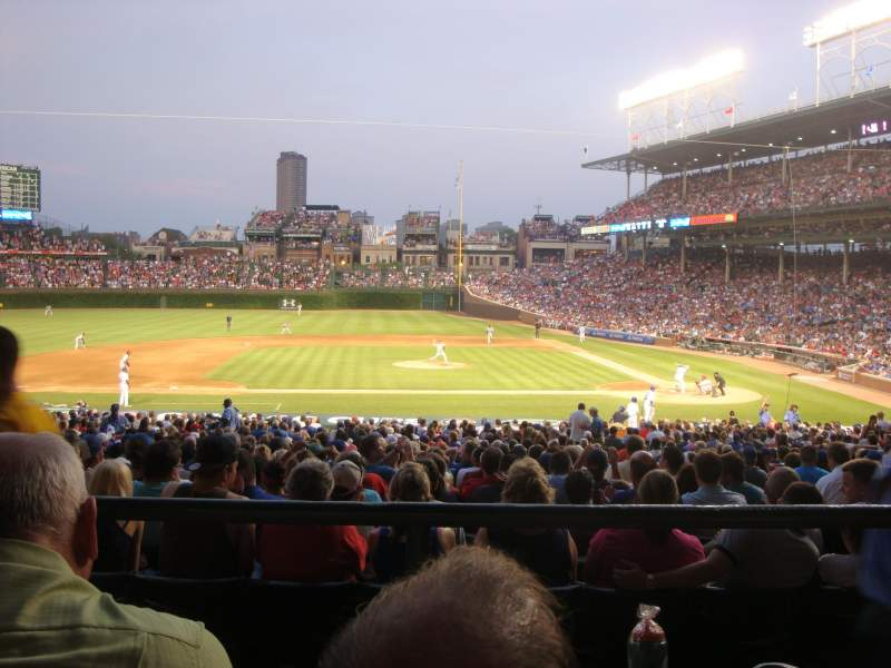 Phillies Wallpaper Iphone X Wrigley Field Section 215 Row 2 Home Of Chicago Cubs