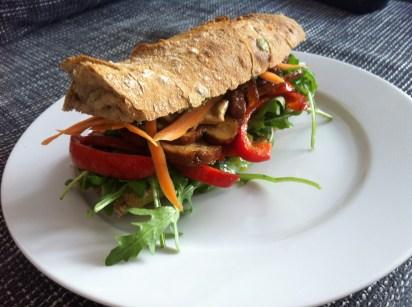 Vegan for Fun - Sandwich with smoked tofu, rocket, capsicum, carrots and pesto, vegan, Attila Hildmann, recipe