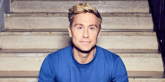 Russell Howard first Northern Hemisphere comedian to tour New Zealand since lockdown