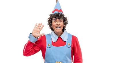 Andy Dale as Dillydally the Delivery Elf in CBeebies Christmas Storyland