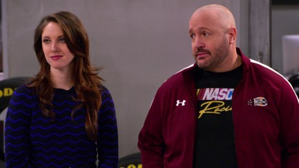 Kevin James and Jillian Mueller in The Crew