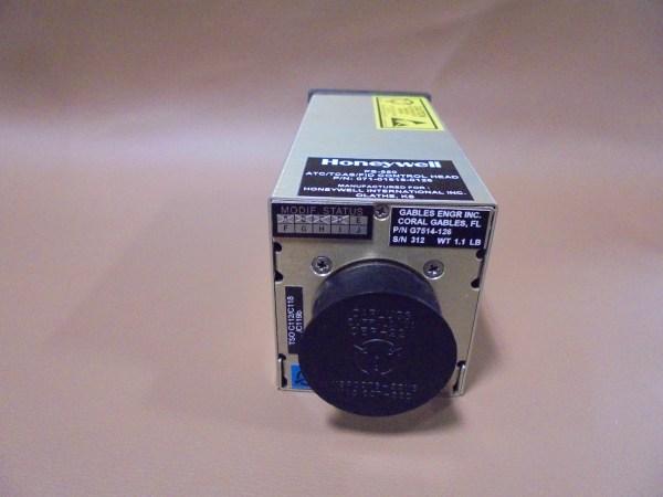 071-01619-0126 - PS-550 - TCAS/XPDR CONTROL HEAD