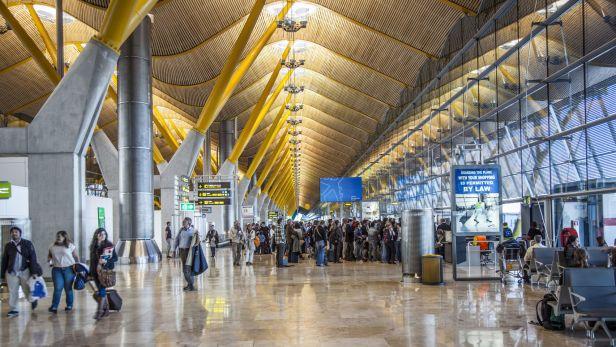 Terminal 4 del Aeropuerto Internacional Madrid Barajas Adolfo Suarez