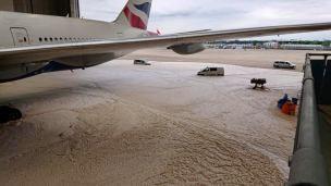 British-Airways_hangar_fallo_6