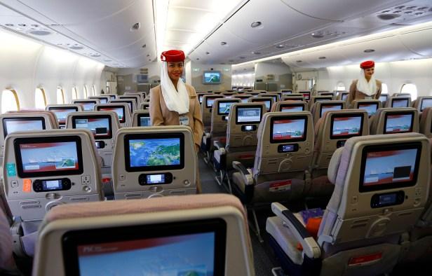 Airbus A380 de Emirates cabina interior Economy Turista