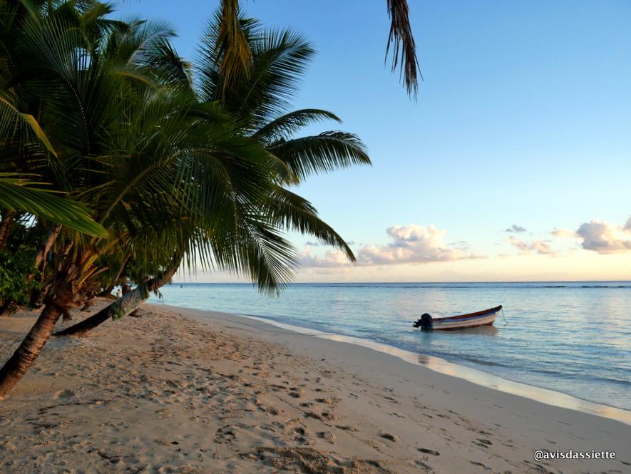 sambatra beach lodge voyage ile aux nattes madagascar plage 5