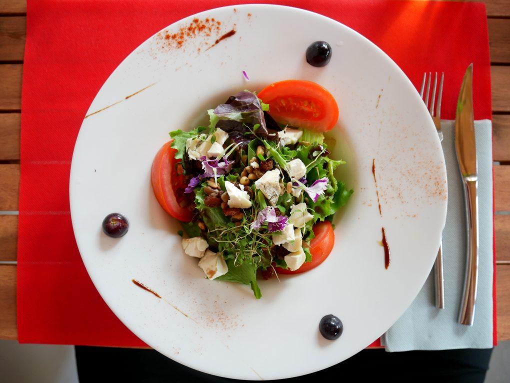 bonne adresse restaurant au bon fromage etang sale 974 salade
