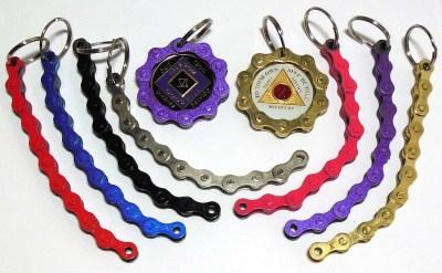 Chain Link Medallion Holder
