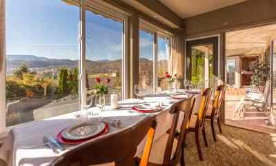 Eloping Couples are Welcoming to Invite Their Favorite Couple to Join Them for Dinner at A Vista Villa Couples Retreat in Kelowna, BC