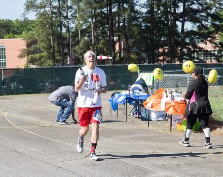 Jogging Juggler