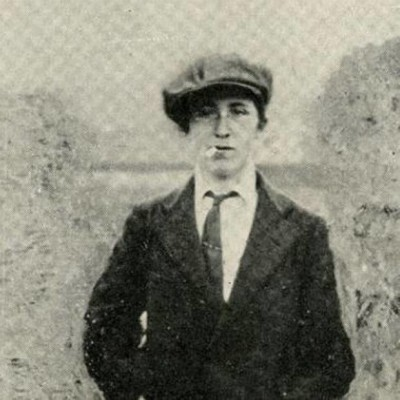 Margaret Skinnider disguised as a boy.
