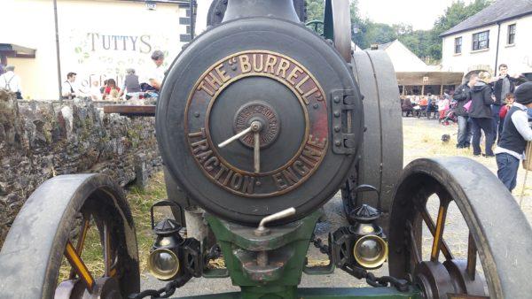 The Burrell Road Locomotive head on.