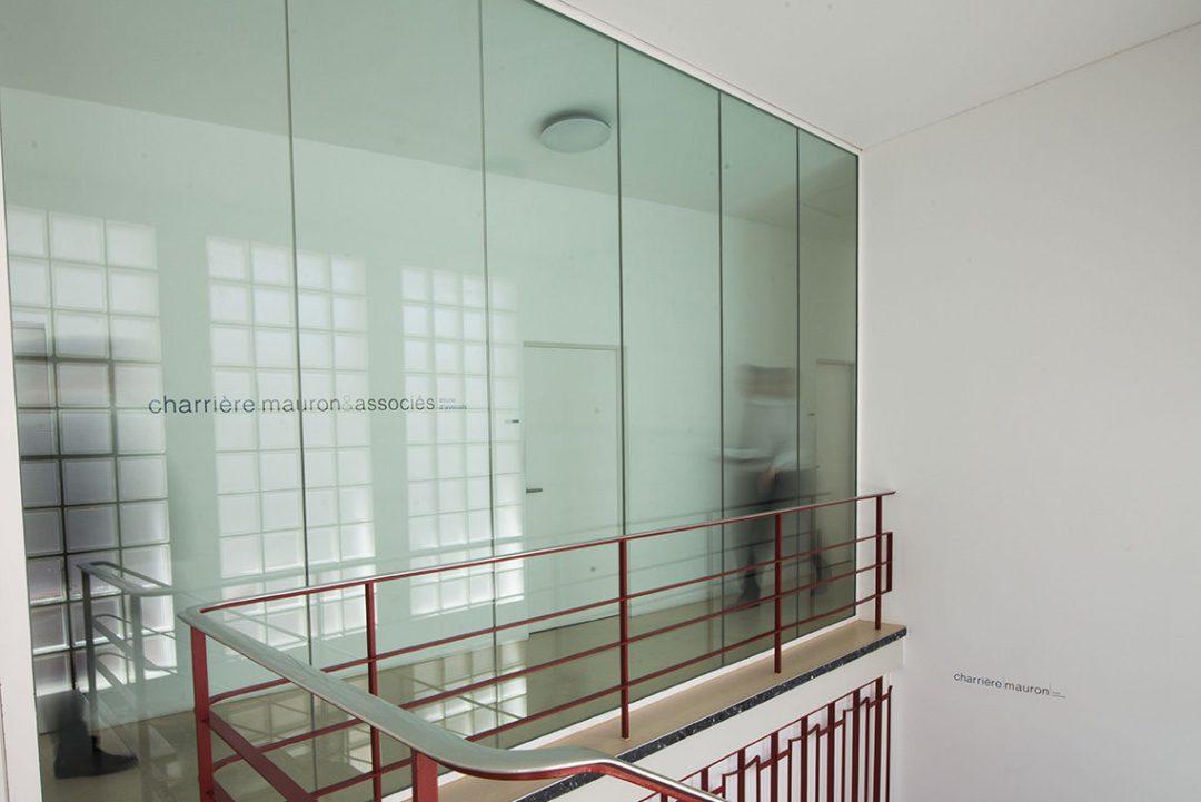 Photo de l'entrée de l'étude Charrière & Mauron