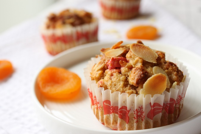 Muffins aux pralines roses et abricots