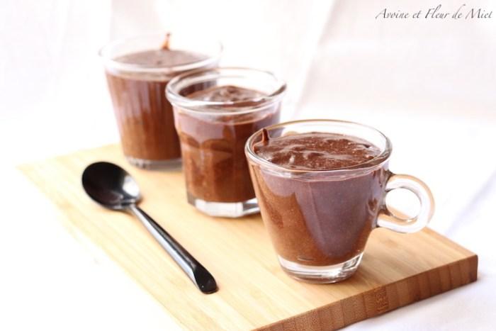 Mousse au chocolat noir sans sucre ajouté et sans lactose