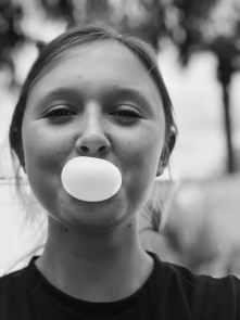 oreille bouchée- chewing gum