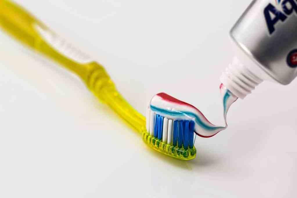 nettoyer les dents & douleur dentaire
