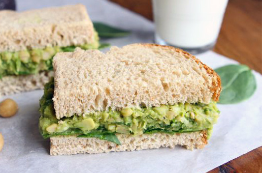 avocado sandwich smashed chickpea