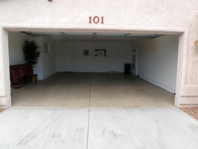 2 Bedroom  2 Car Garage  #101  Adventure Vacation Rentals