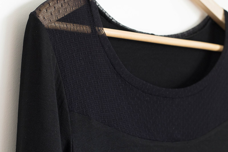 Couture : Top plantain de Deer and Doe, avec empiècement résille - Avril sur un fil