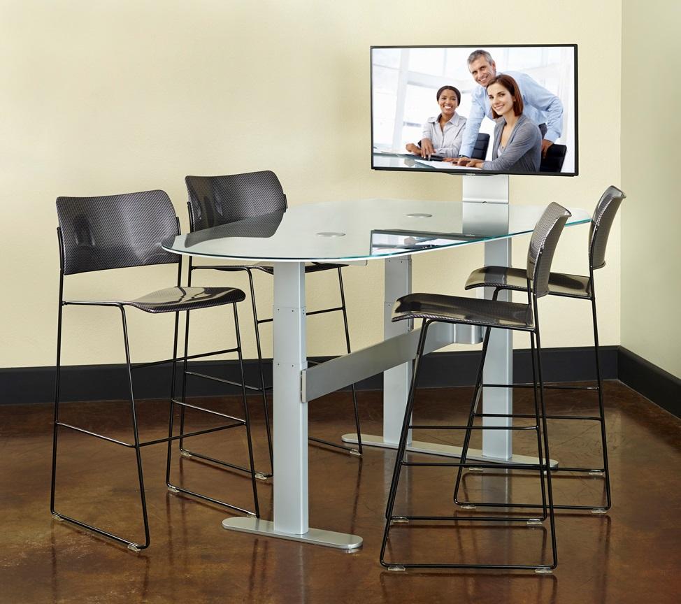 Height Adjustable Collaboration Desk  DynamiQ TeamSpace