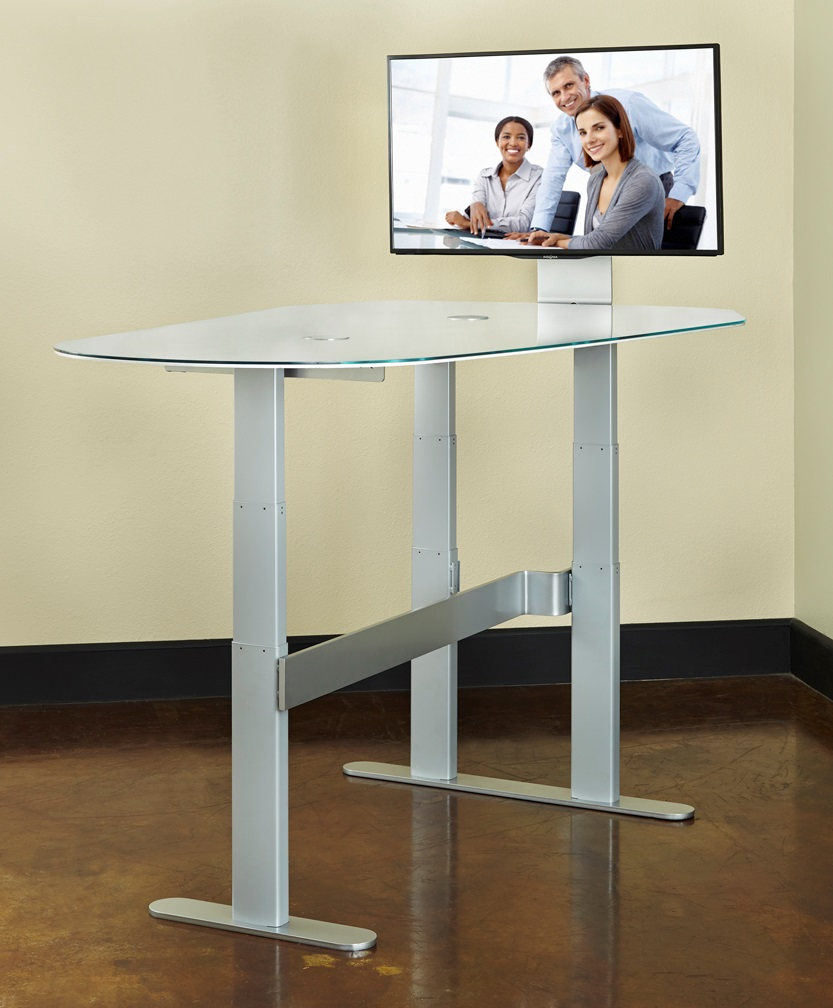 Height Adjustable Collaboration Desk  DynamiQ TeamSpace