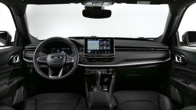 Представлен обновлннный Jeep Compass для европейского рынка 2