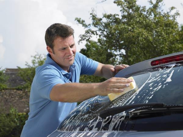 Можно ли помыть машину во дворе. Можно ли мыть машину во дворе дома в России{q} Можно ли мыть машину во дворе многоквартирного дома закон в таганроге