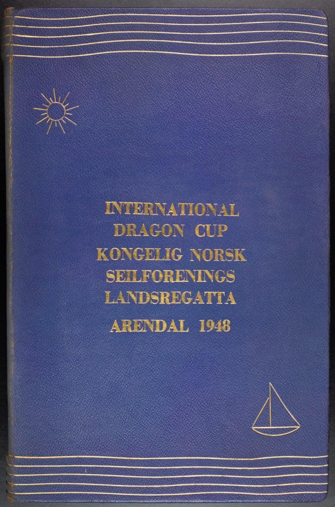 International Dragon Cup kongelig norsk seilforenings landsregatta i Arendal 26. juni - 4. juli 1948. Kongefamilien besøkte Arendal og deltok i regattaen som tilskuere.