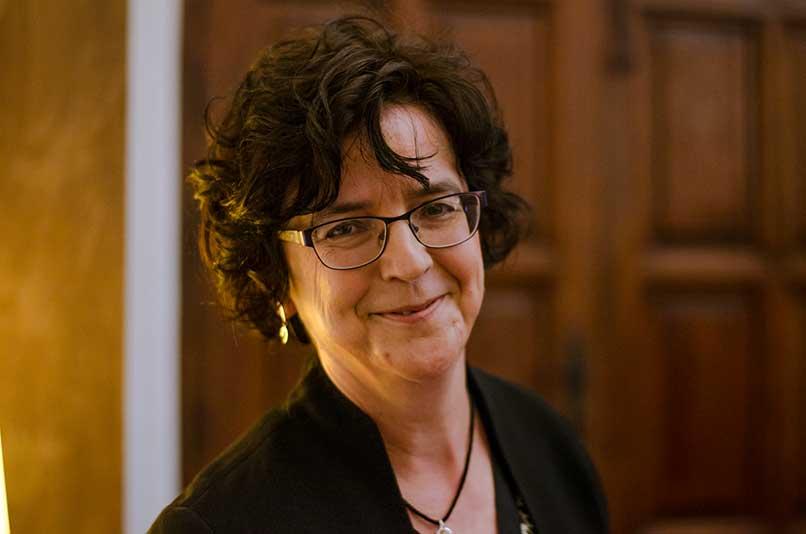 """Pilar Galán: """"Un escritor no es más que una persona  que va por la vida con los ojos abiertos"""""""