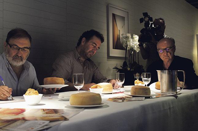 Jurado de la XIX Cata Concurso de la Torta del Casar, de la que resultó ganadora Iberqués.