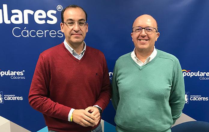 Rafael Mateos, líder del PP cacereño, critica el pacto PSOE-Unidas Podemos