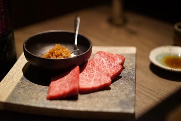 五反田 うしごろ貫 焼肉に日本酒を