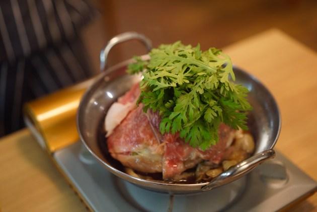 広尾 「七代目松五郎」黒毛和牛のリブロースの牛すき鍋