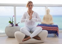 4 Benefits of Using a Meditation Chair - Awake & Mindful