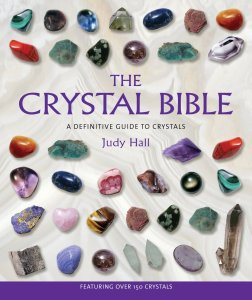 The Crystal Bible - A spiritual guide to the properties of crystals explores their shapes, colors, and applications in an easy-to-follow format that includes photographic identification, detailed descriptions, and information on the individual properties.