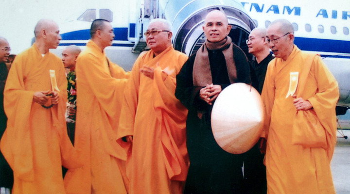 5 Masterly Mindful Meditations on the Miracle of Life from Thich Nhat Hanh