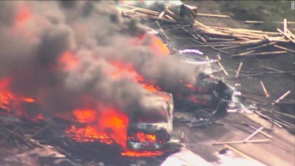 Many killed in fiery crash involving 12 cars, 3 semis in Denver area – Police