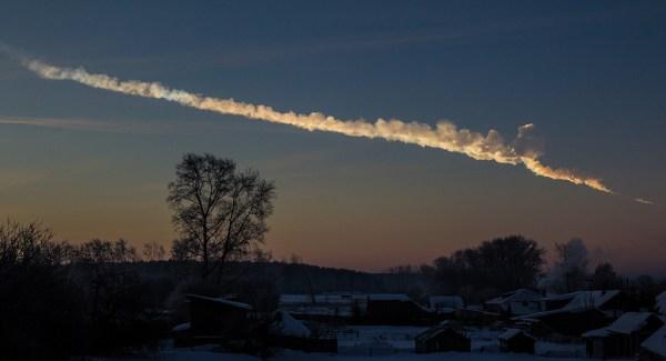 2013_Chelyabinsk_meteor_trace