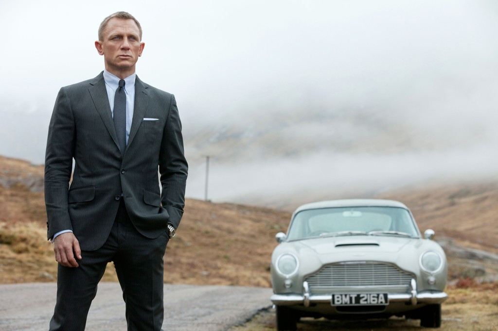 Actor Daniel Craig honored by Royal Navy, made honorary commander to match on-screen rank of 007 2