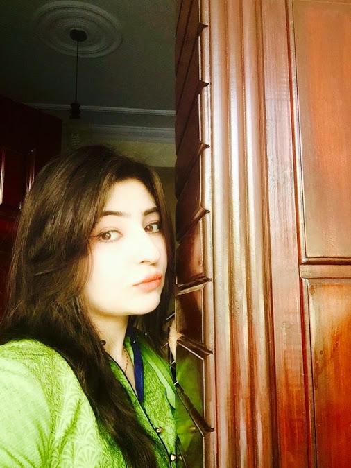 Lubna Malka Karachi Girls Mobile Numbers Yasmeen Asma