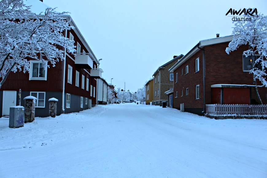 Much of Kiruna is very symmetrical. This town is very small & pretty.