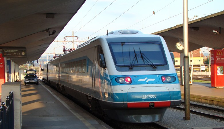 Slovenske železnice: Slovenian Railways Is Bad