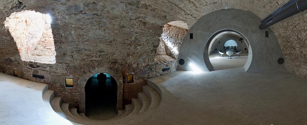 Telc underground