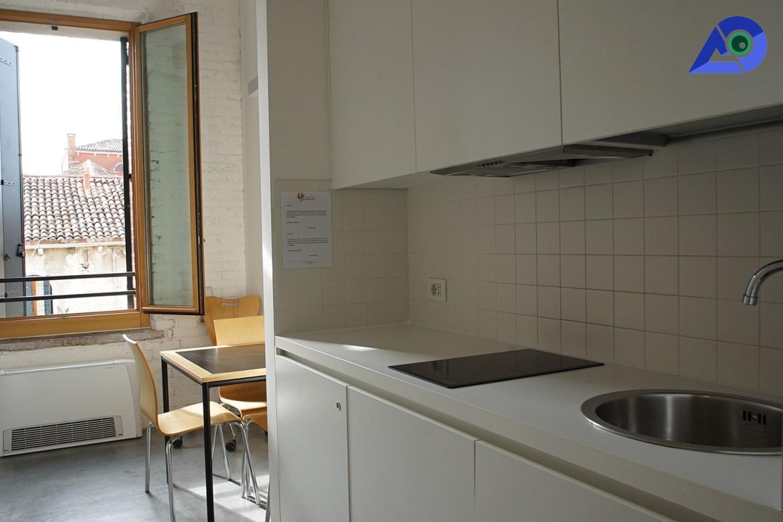 Kitchen of We Crociferi