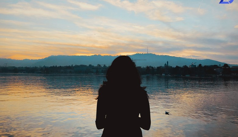 JOMO | Sunset by Bellevue, Zurich