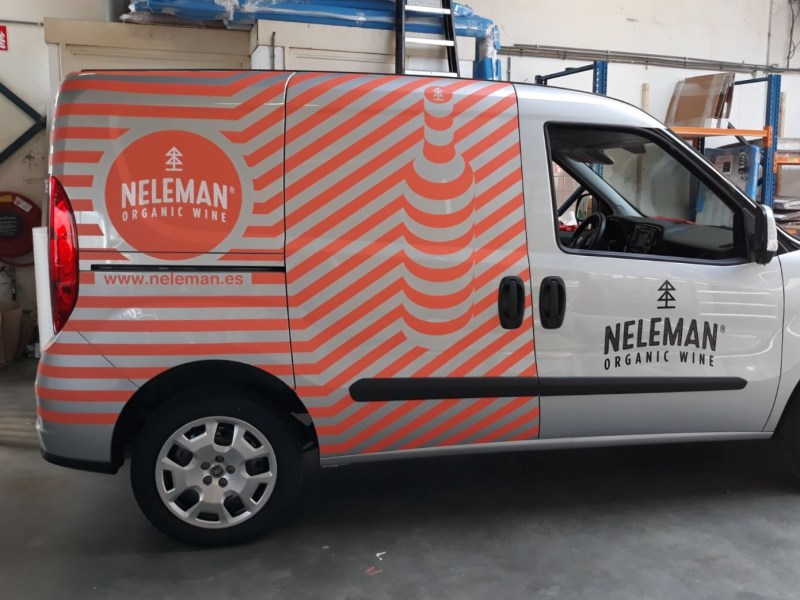 Neleman organic wine